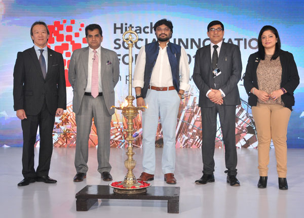 Inauguration - (L to R) Mr. Kojin Nakakita, Managing Director, Hitachi India Pvt. Ltd., Mr. Amitabh Kant, Secretary, DIPP, Shri Babul Supriyo, Minister of State, Urban Development, Mr. Mangal Dev, Director, Rail Systems Company, Hitachi India Pvt. Ltd. and Ms. Anamika Bhargava, Senior Vice President, Infrastructure Systems Company, Hitachi India Pvt. Ltd.